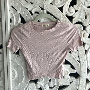 UO cropped and ribbed pink top